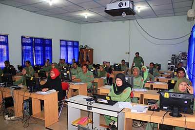 SMA Negeri 4 Lahat Menjadi Salah Satu Penyelenggara Uji Kompetensi Guru 2012