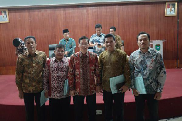 Bapak Edi Iskandar Dilantik Menjadi PLT Kepala Sekolah SMAN 2 Kikim Selatan